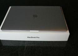 Apple MacBook Pro 15, 2020, dotykový panel
